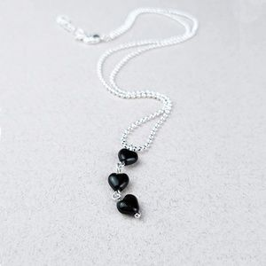 Dainty Heart Necklace in silver & black NWT